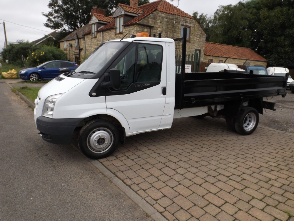 Ford Transit 2.4 2011 photo - 6
