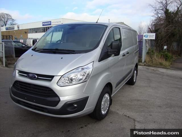Ford Transit Custom 2.2 2014 photo - 10