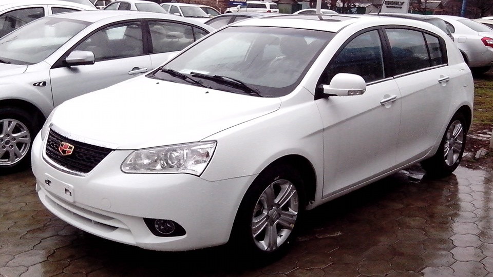 Geely Emgrand 1.8 2010 photo - 3