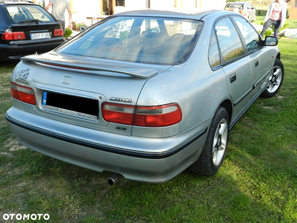 Honda Accord 1.8 1993 photo - 3