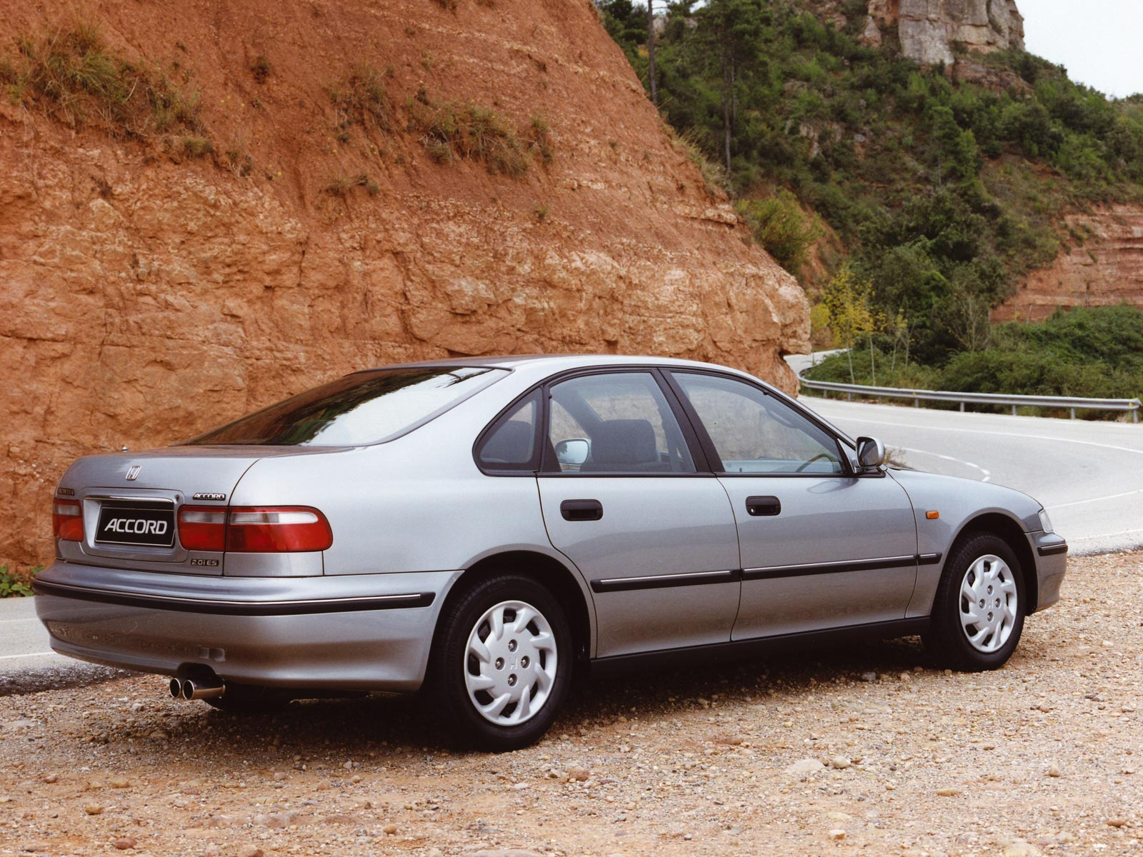 Honda Accord 1.8 1993 photo - 8