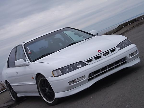 Honda Accord 1.8 1994 photo - 11