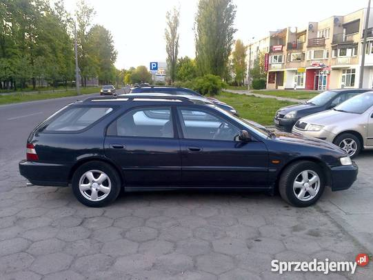 Honda Accord 1.8 1996 photo - 10