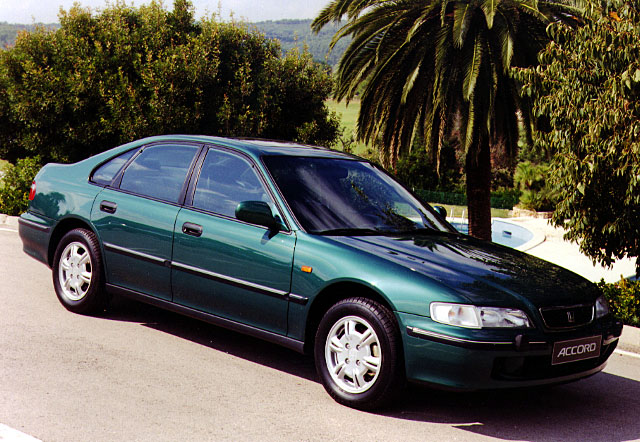 Honda Accord 1.8 1996 photo - 5