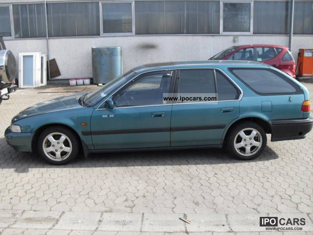 Honda Accord 2.0 1993 photo - 10