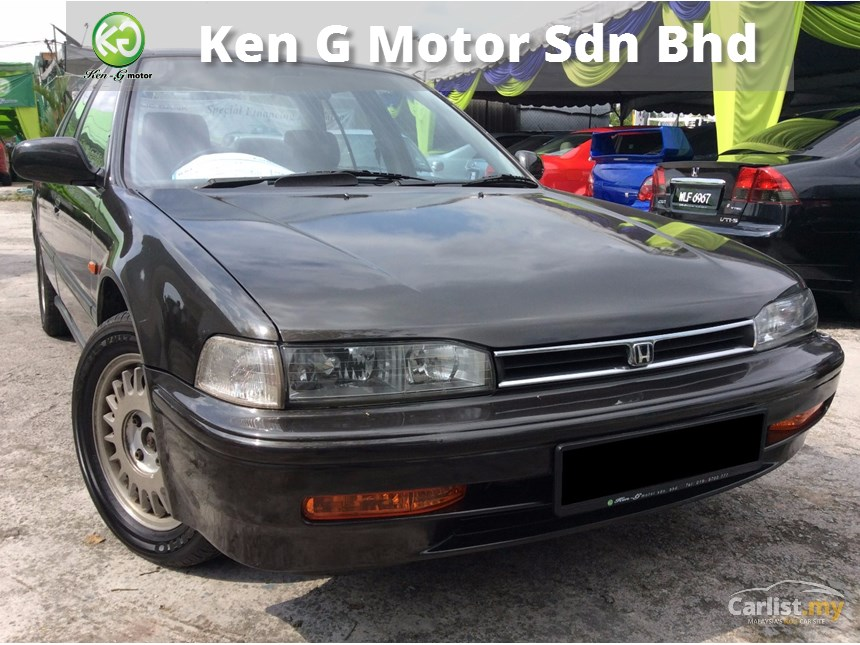Honda Accord 2.0 1993 photo - 2