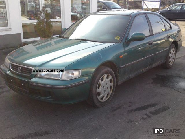 Honda Accord 2.0 1996 photo - 2