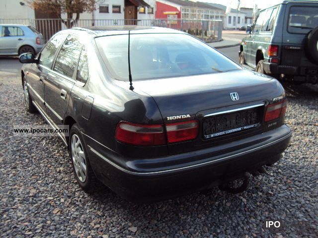 Honda Accord 2.0 1997 photo - 8