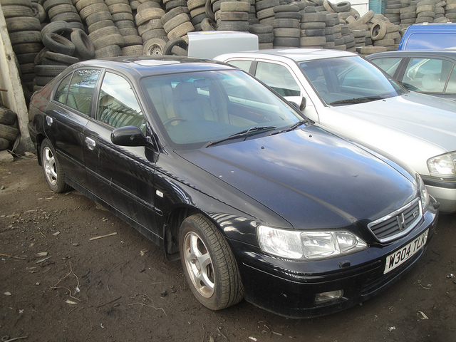 Honda Accord 2.0 2000 photo - 5
