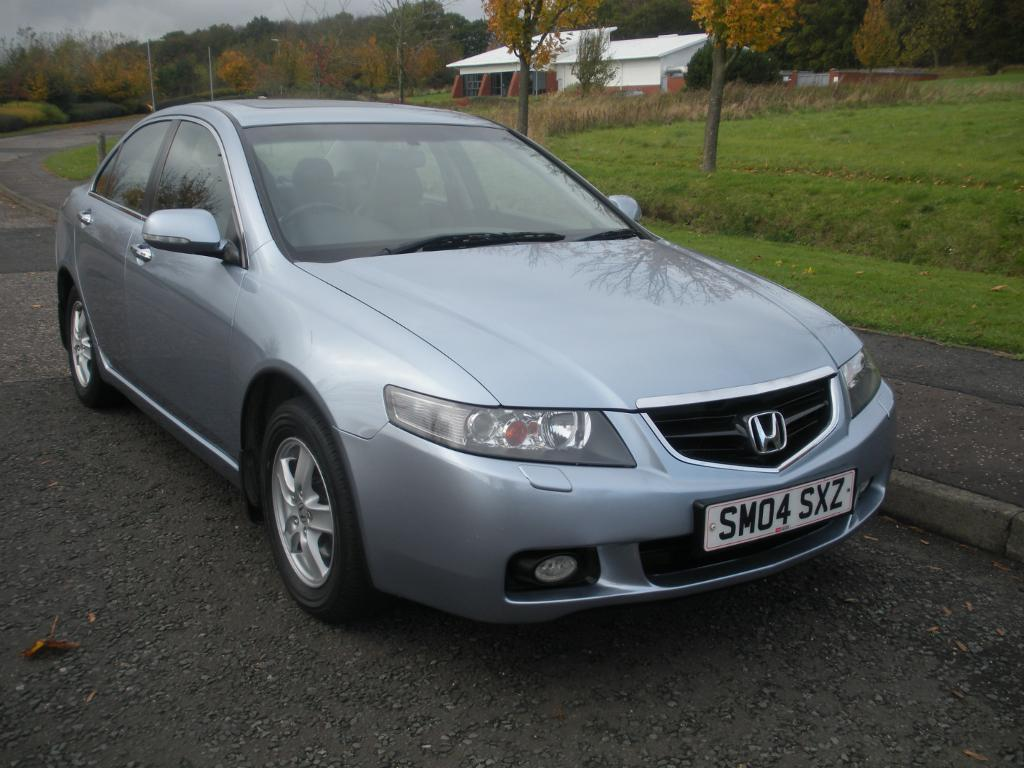 Honda Accord 2.0 2004 photo - 10