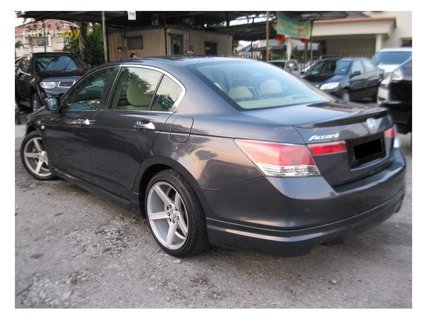 Honda Accord 2.0 2009 photo - 10