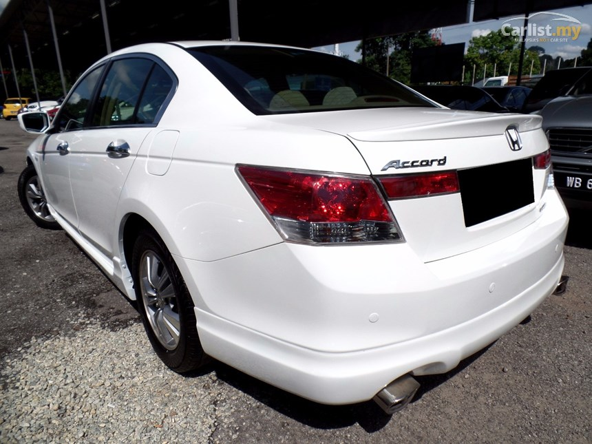 Honda Accord 2.0 2009 photo - 6
