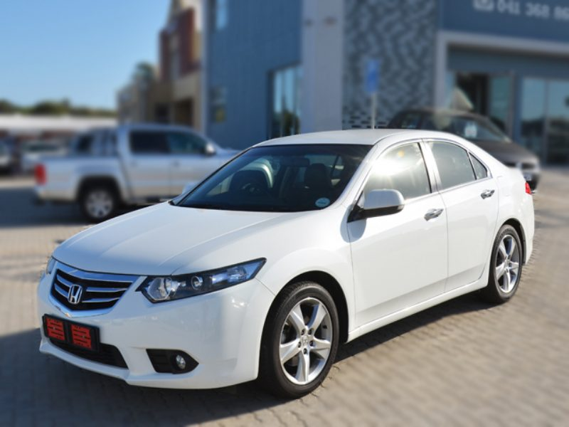 Honda Accord 2.0 2014 photo - 7