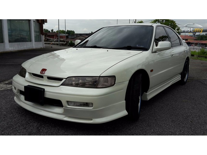 Honda Accord 2.2 1995 photo - 5