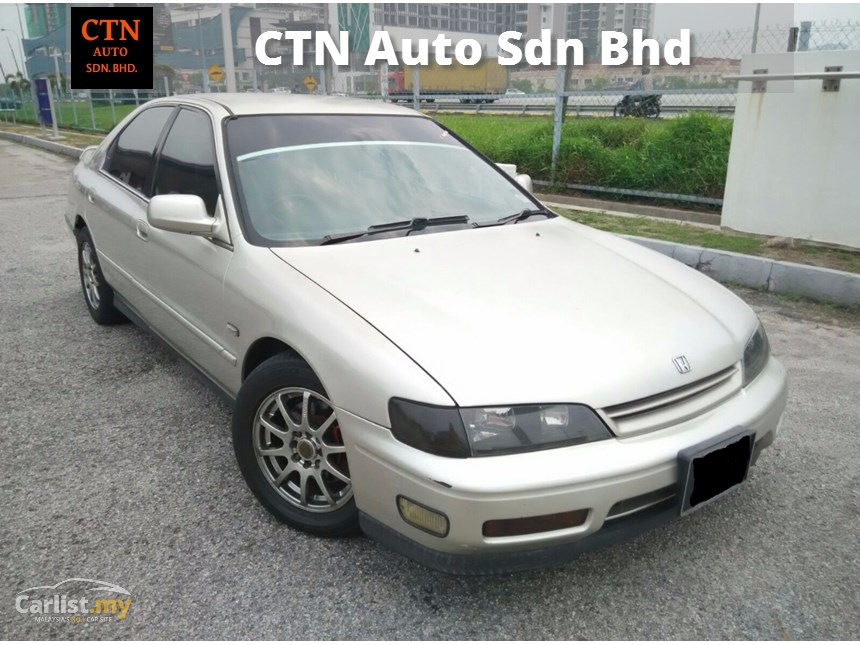 Honda Accord 2.2 1995 photo - 7