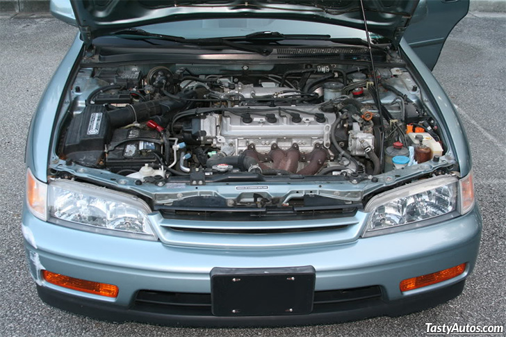 Honda Accord 2.2 1995 photo - 8