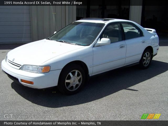 Honda Accord 2.2 1995 photo - 9