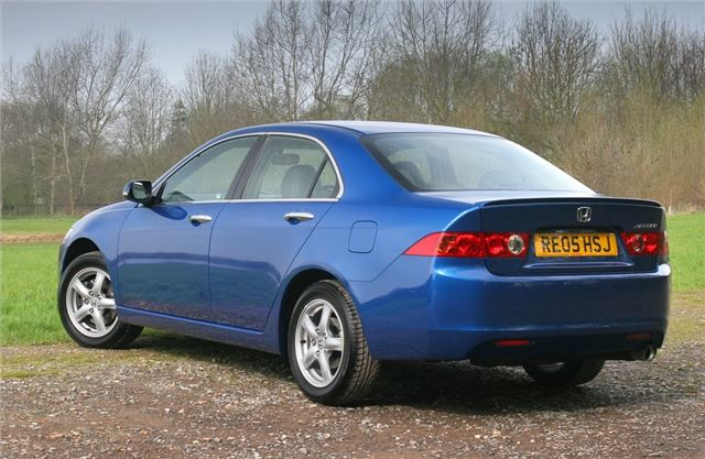 Honda Accord 2.2 2003 photo - 7