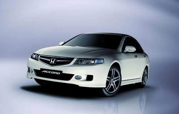 Honda Accord 2.2 2007 photo - 12