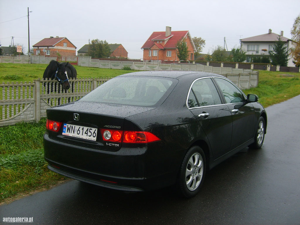 Honda Accord 2.2 2014 photo - 2