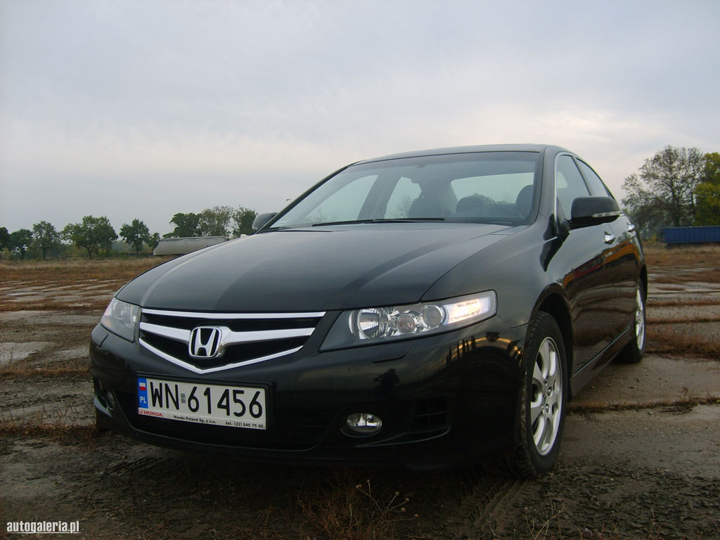 Honda Accord 2.2 2014 photo - 5