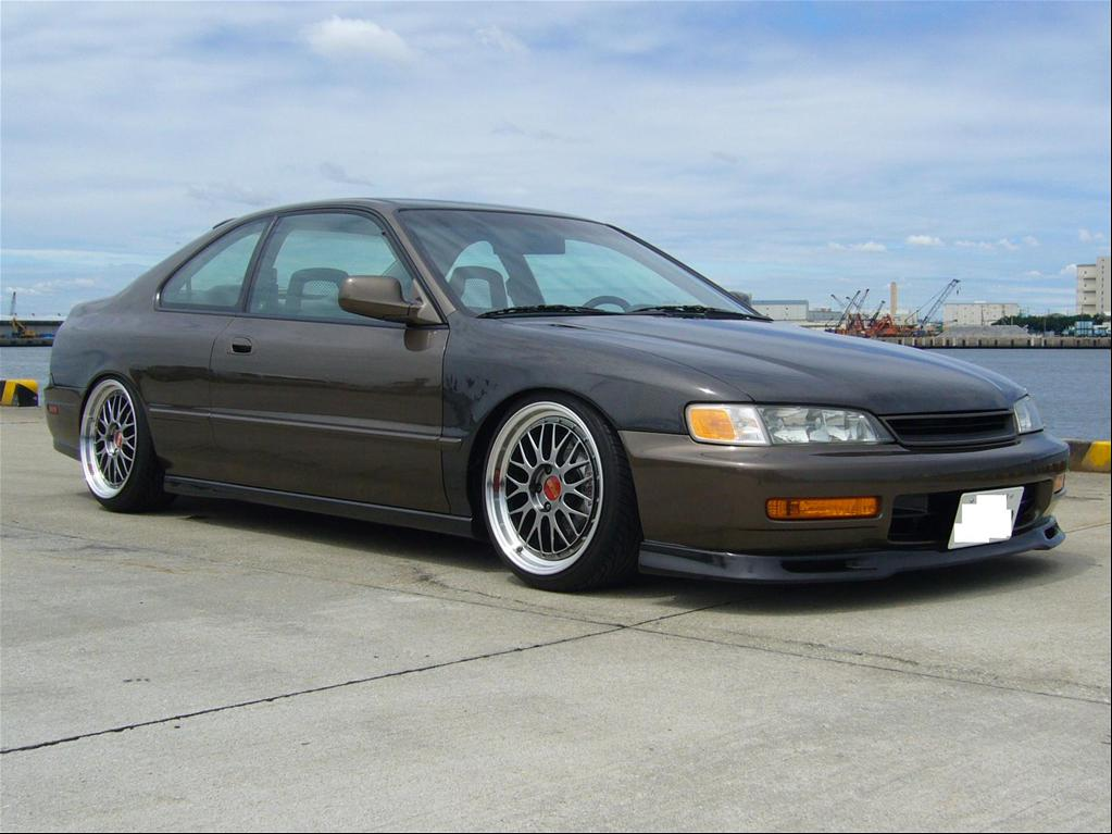 Honda Accord 2.3 1994 photo - 7