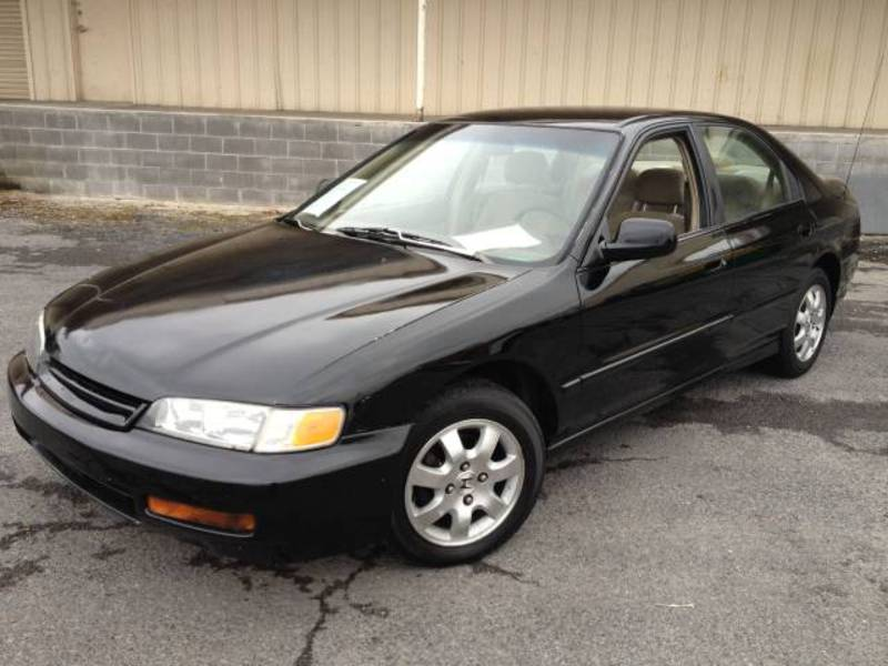 Honda Accord 2.3 1994 photo - 9