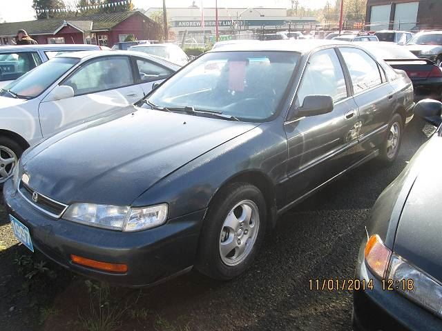Honda Accord 2.3 1997 photo - 7
