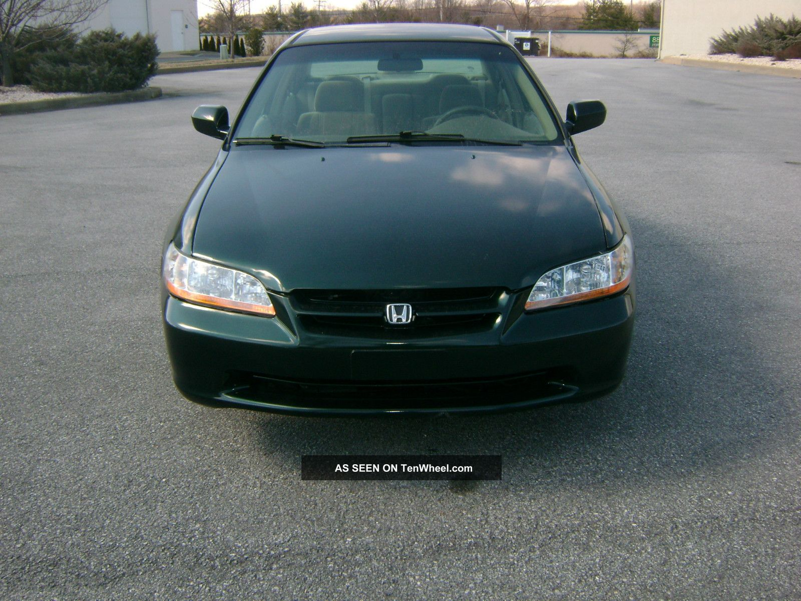 Honda Accord 2.3 1999 photo - 2