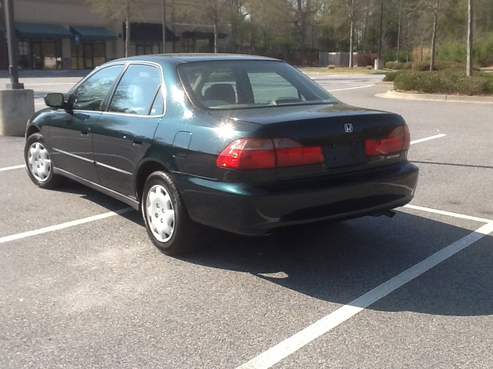 Honda Accord 2.3 1999 photo - 8