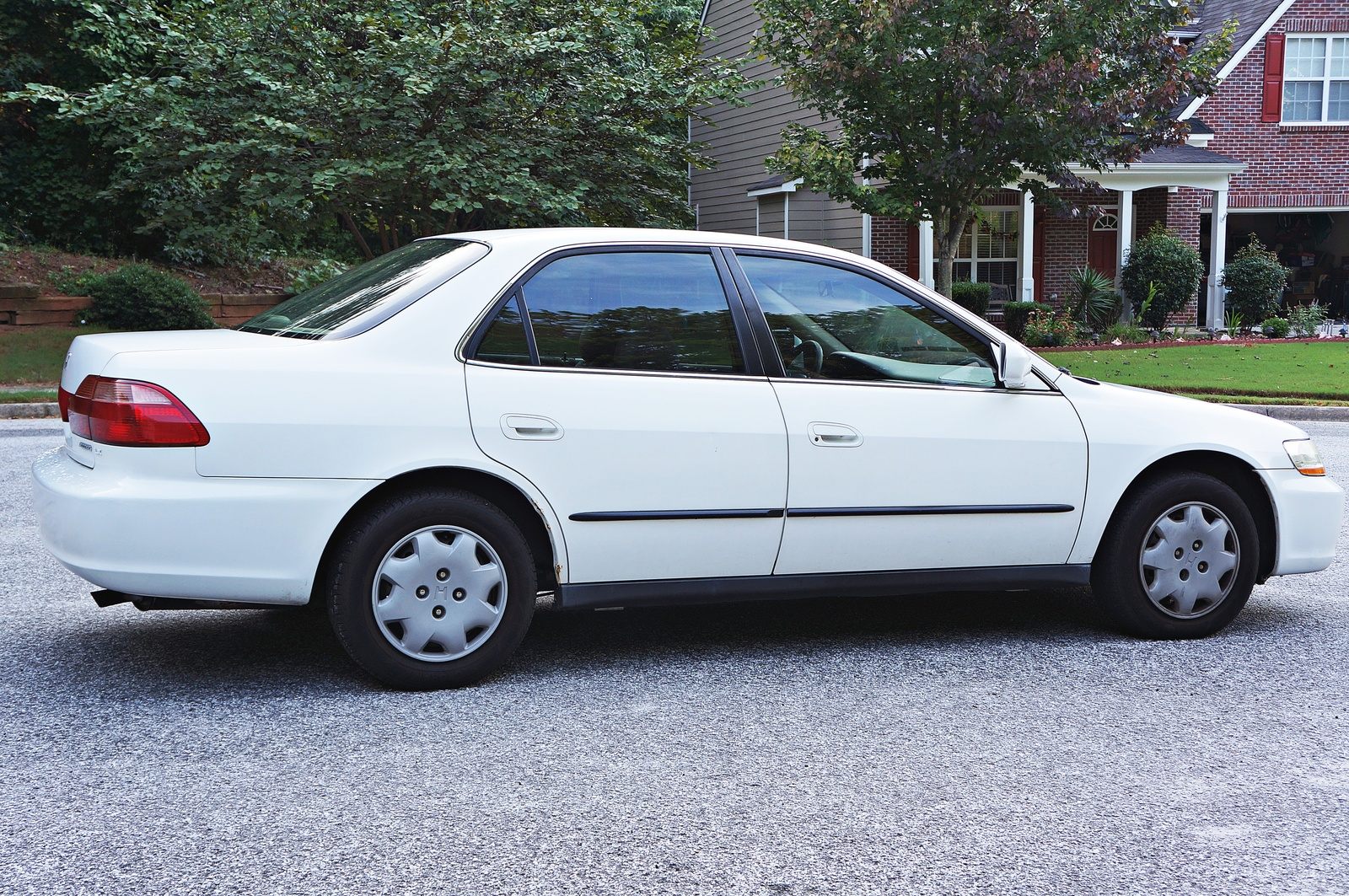 Honda Accord 2.3 1999 photo - 9