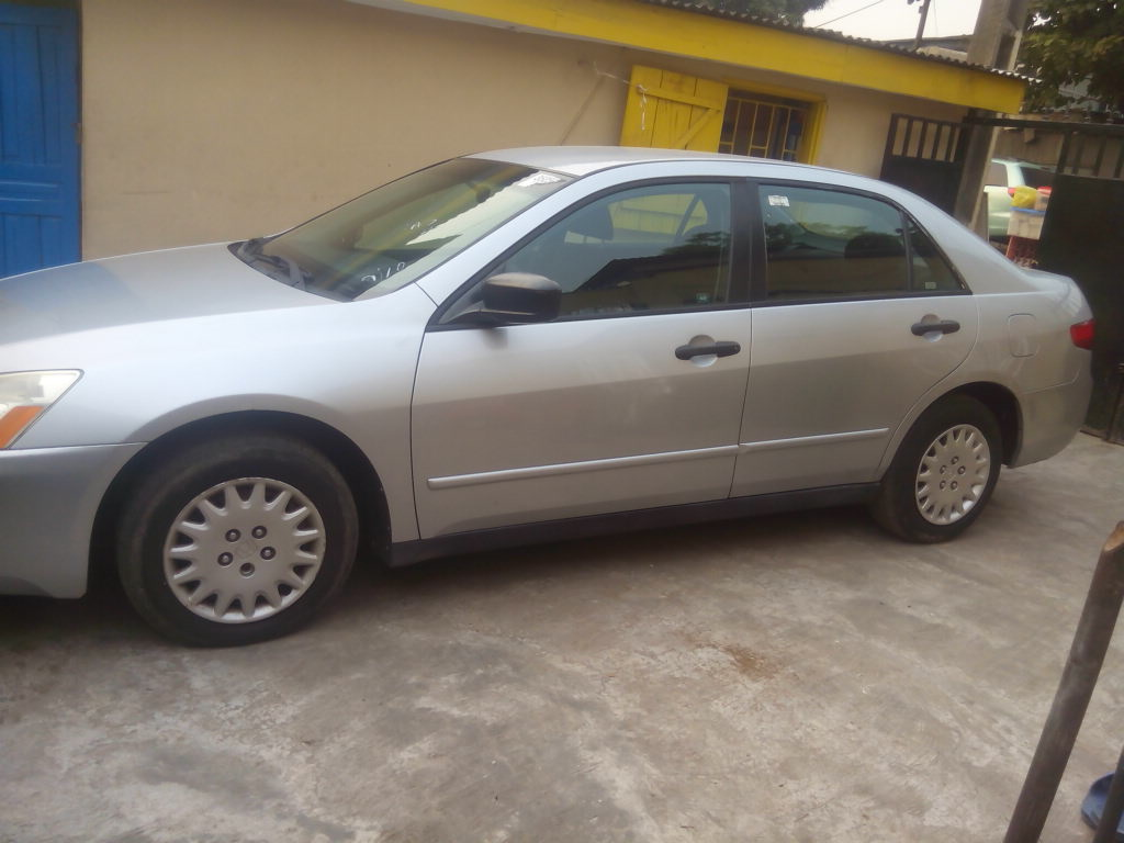 Honda Accord 2.3 2005 photo - 10