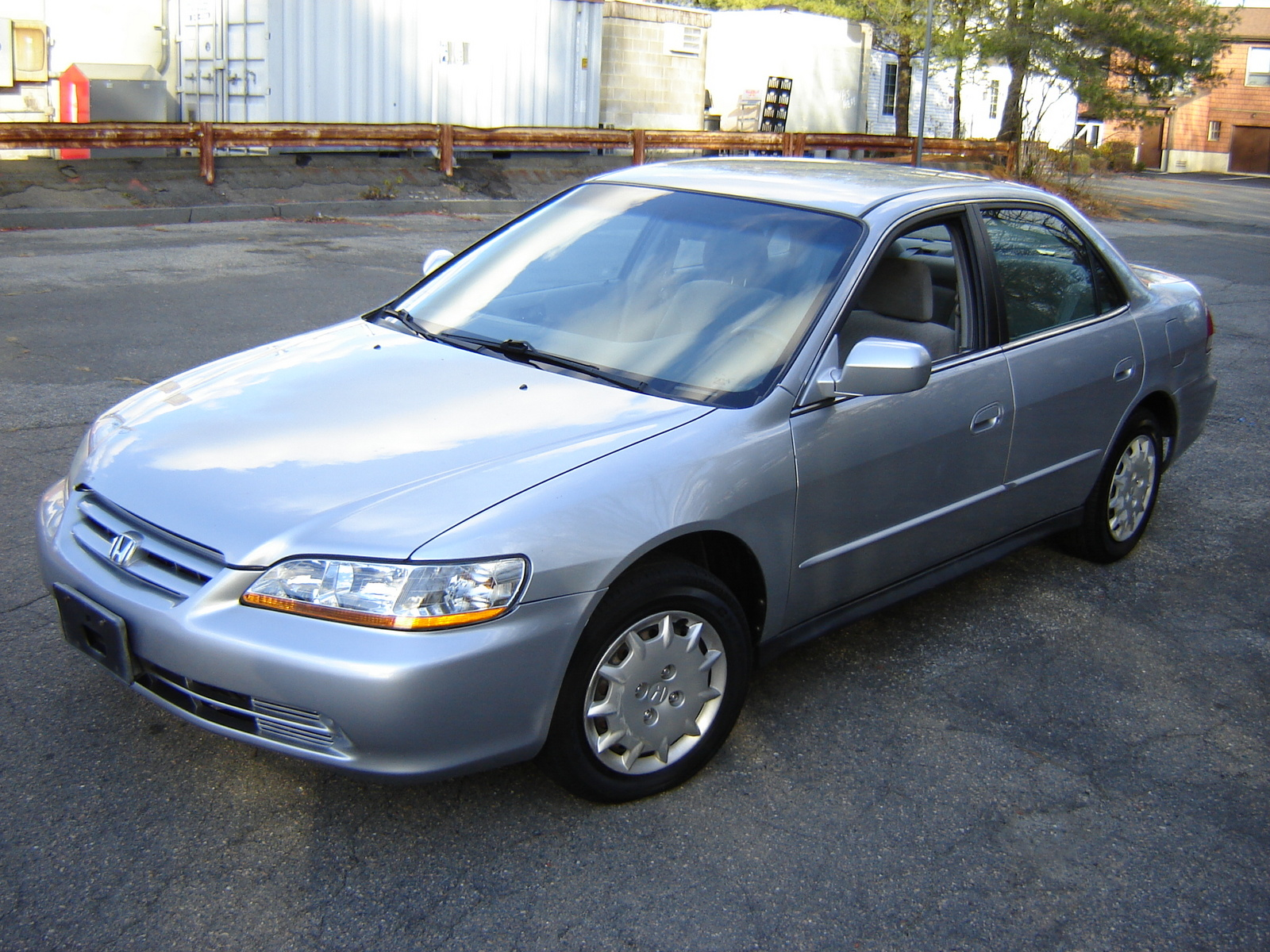 Honda Accord 2.4 2002 photo - 8