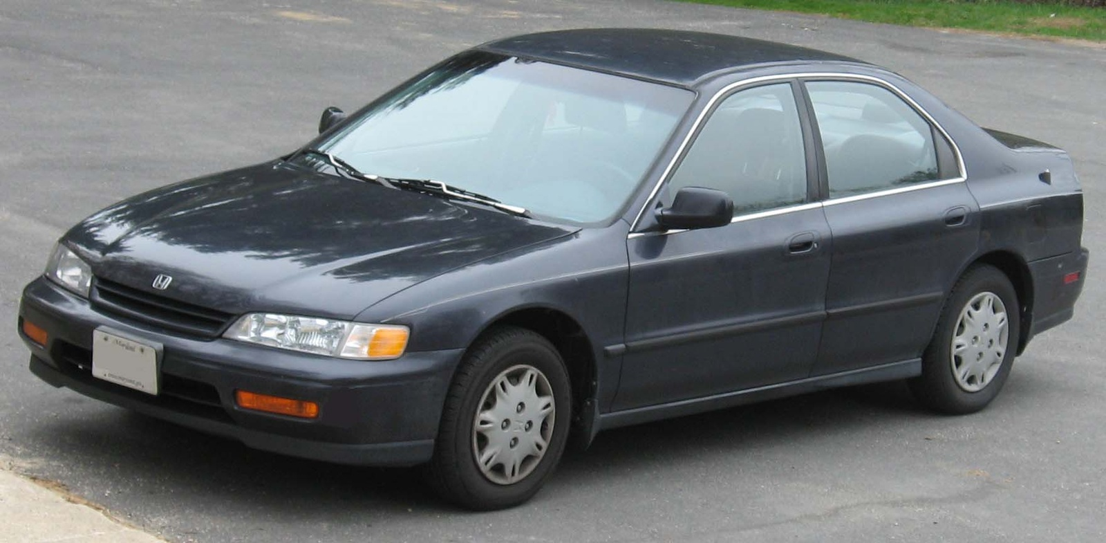 Honda Accord 3.0 1994 photo - 4