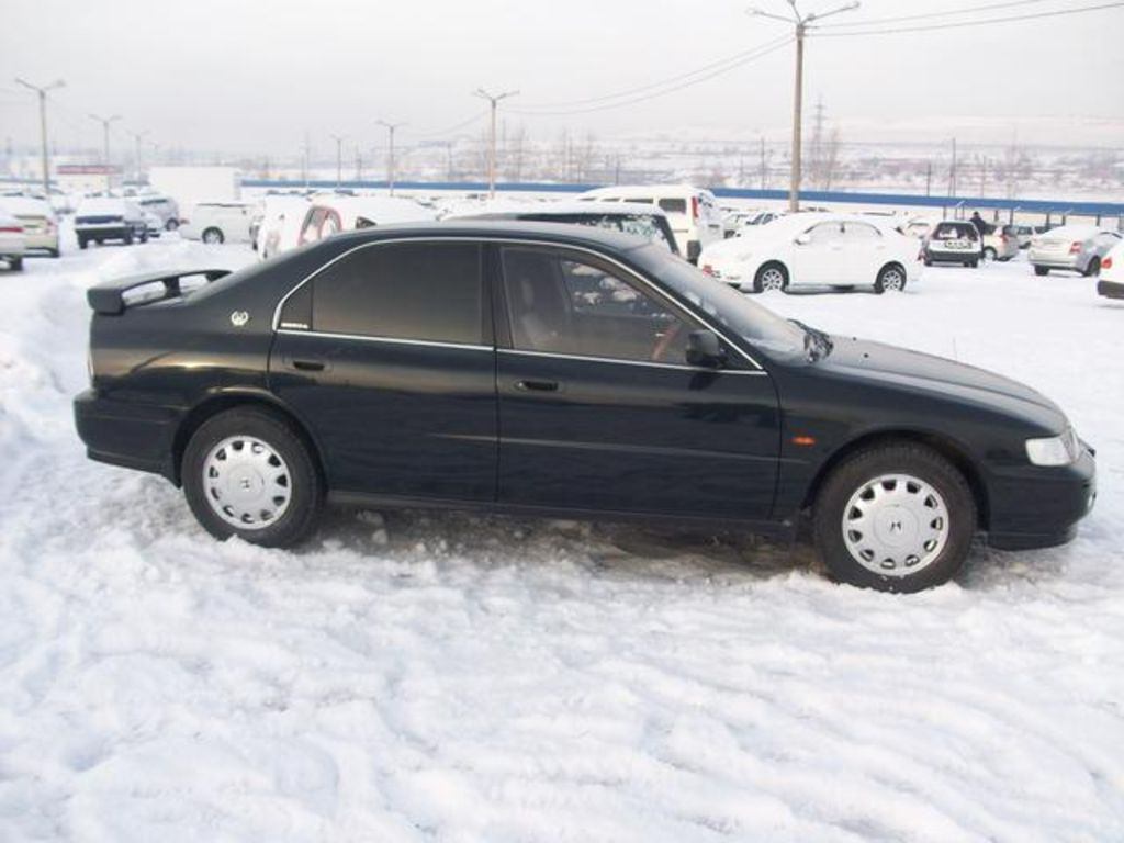 Honda Accord 3.0 1994 photo - 5