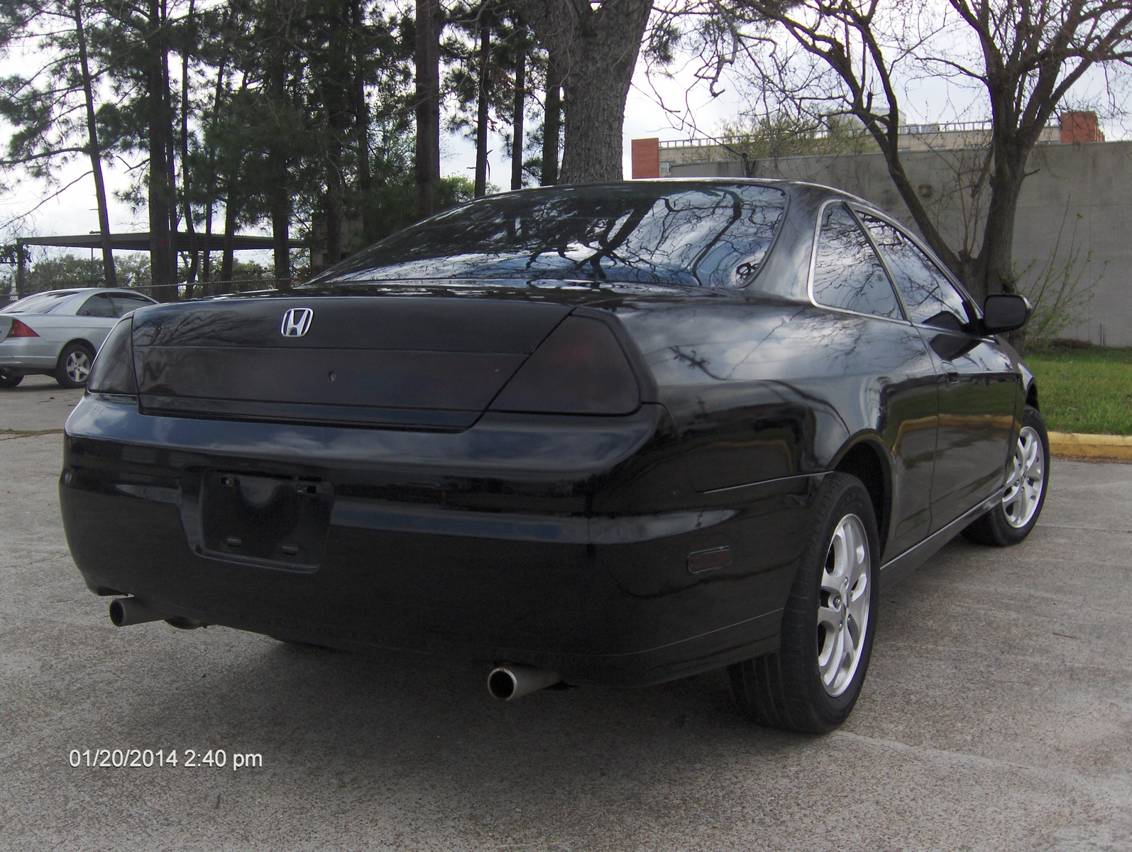 Honda Accord 3.0 2001 photo - 11