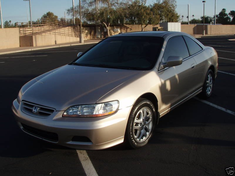 Honda Accord 3.0 2001 photo - 4