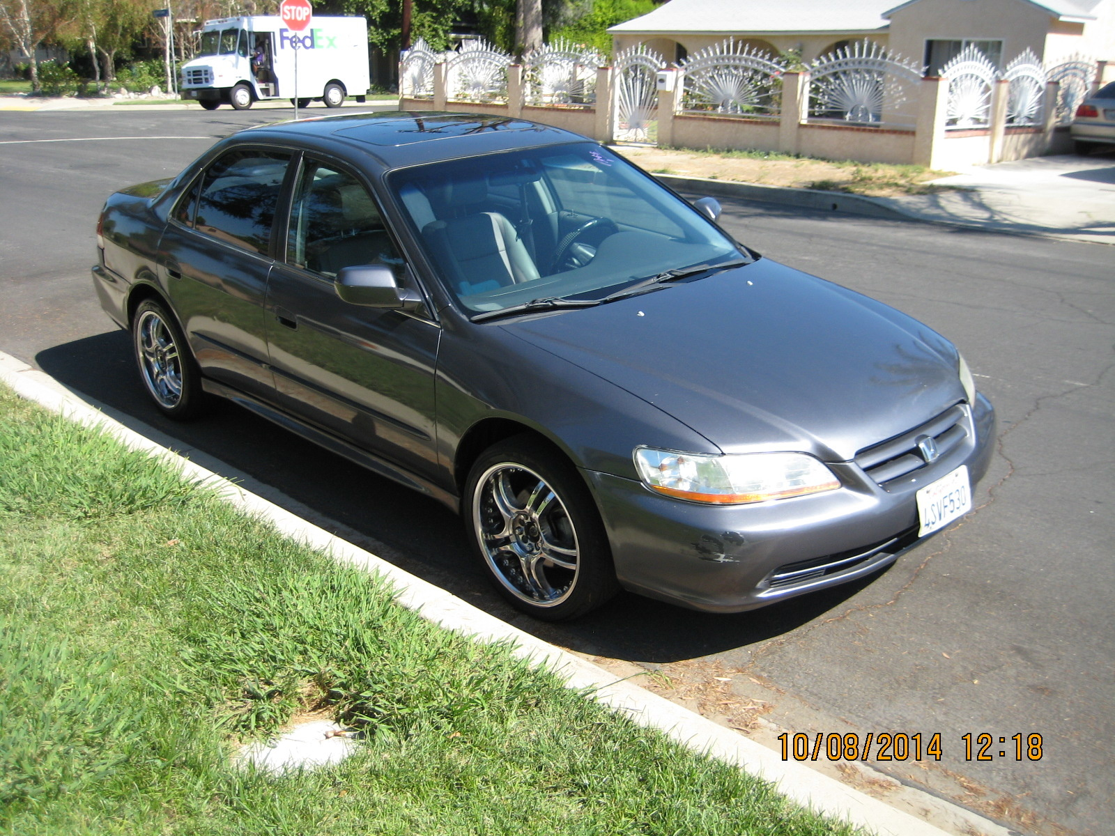 Honda Accord 3.0 2001 photo - 7