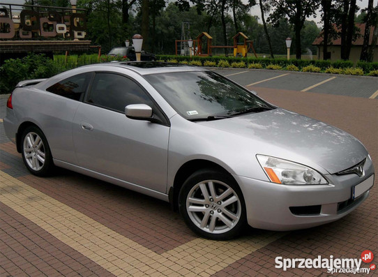 Honda Accord 3.0 2004 photo - 10