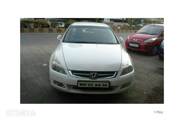 Honda Accord 3.0 2006 photo - 7