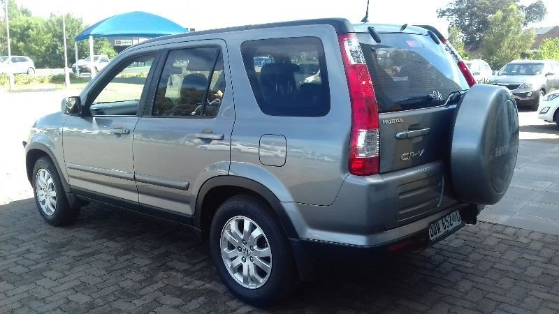 Honda CR-V 2.0 2006 photo - 1