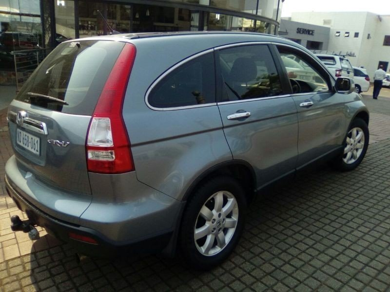 Honda CR-V 2.0 2009 photo - 1