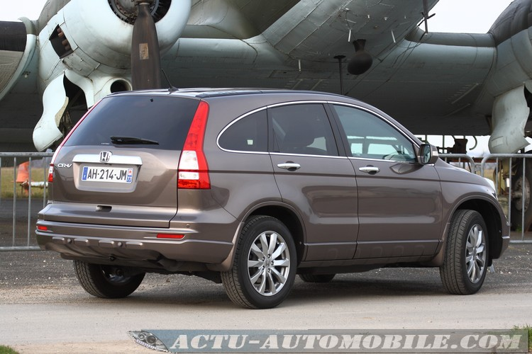 Honda CR-V 2.2 2010 photo - 9