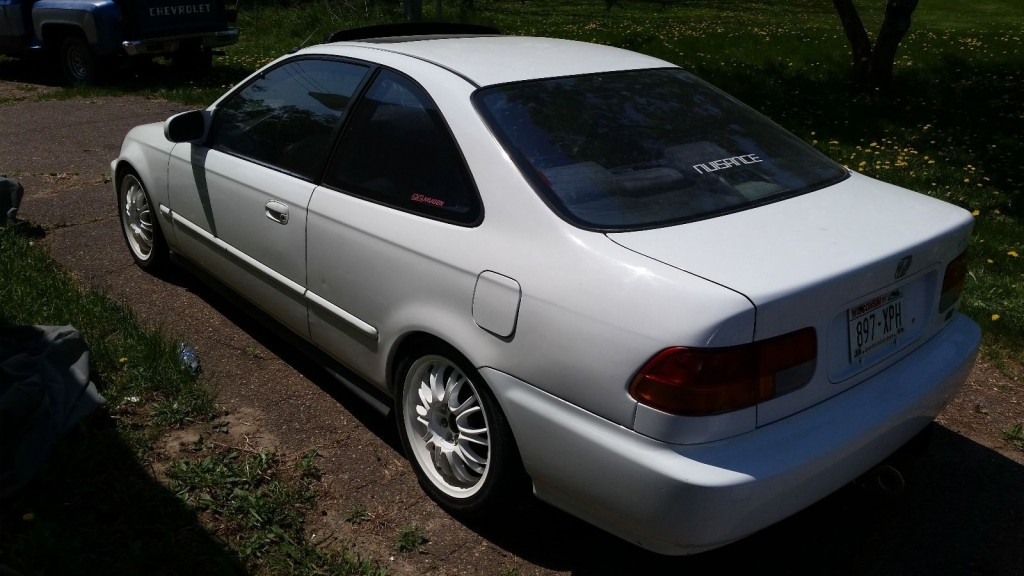 Honda Civic 1.3 1996 photo - 1