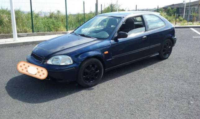 Honda Civic 1.3 1996 photo - 8