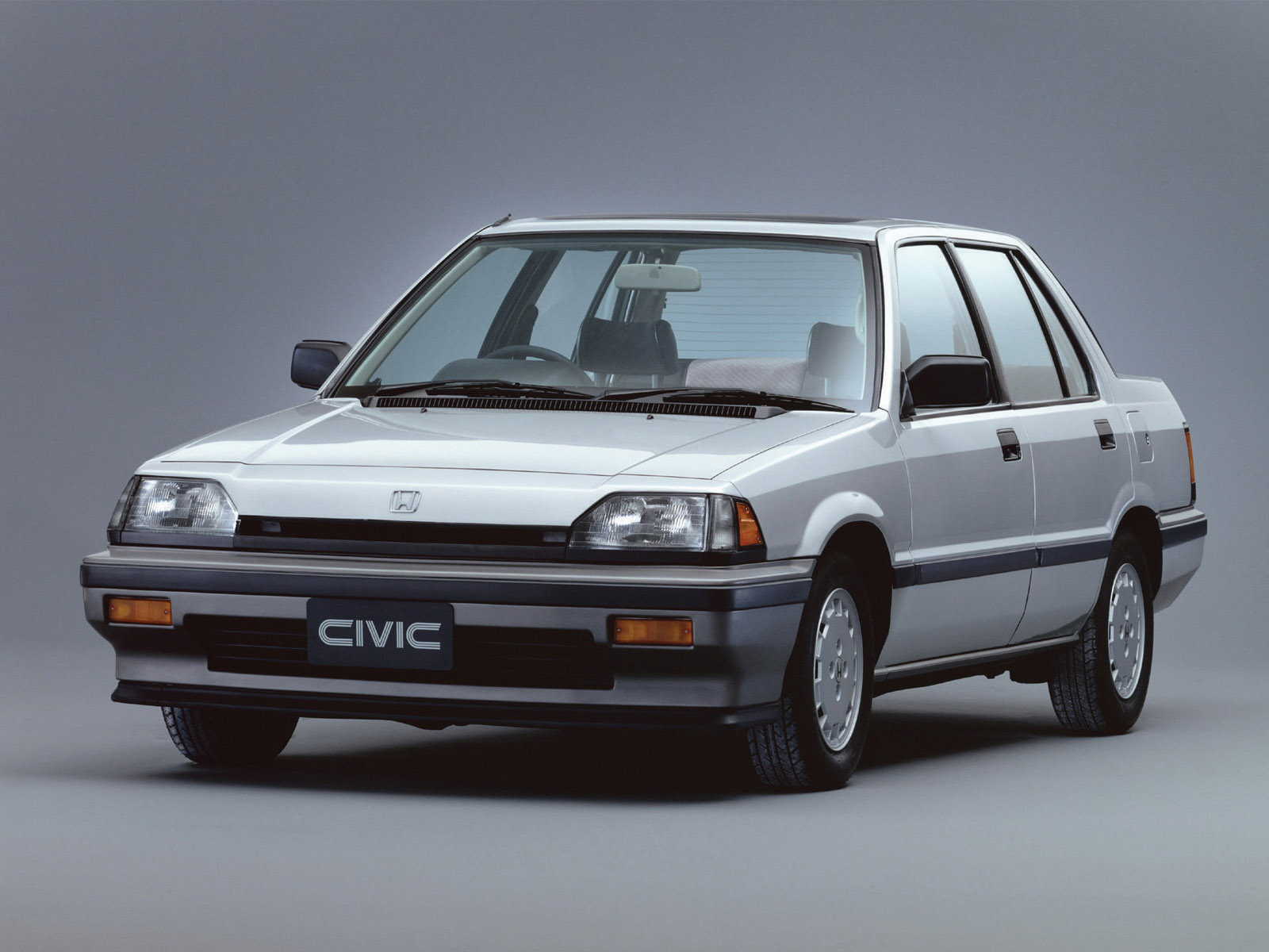 Honda Civic 1.4 1983 photo - 2