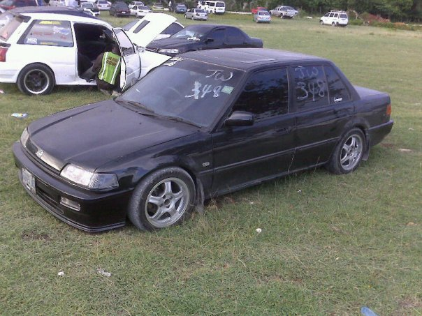 Honda Civic 1.4 1989 photo - 1
