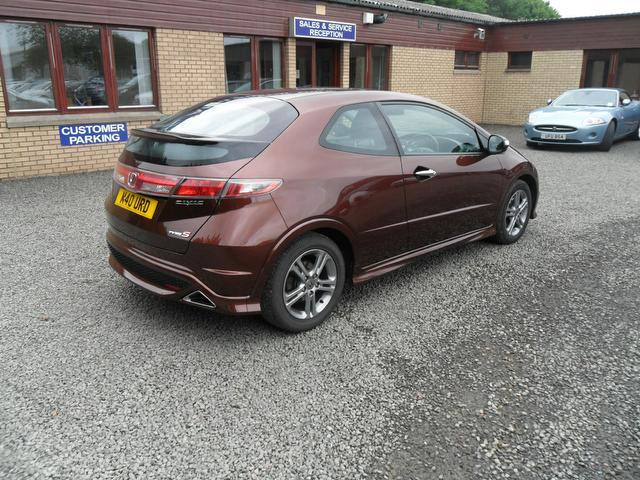 Honda Civic 1.4 2011 photo - 9