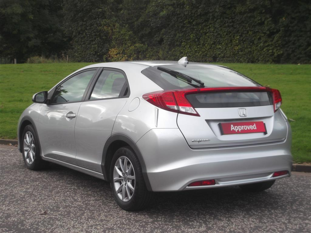 Honda Civic 1.4 2013 photo - 7