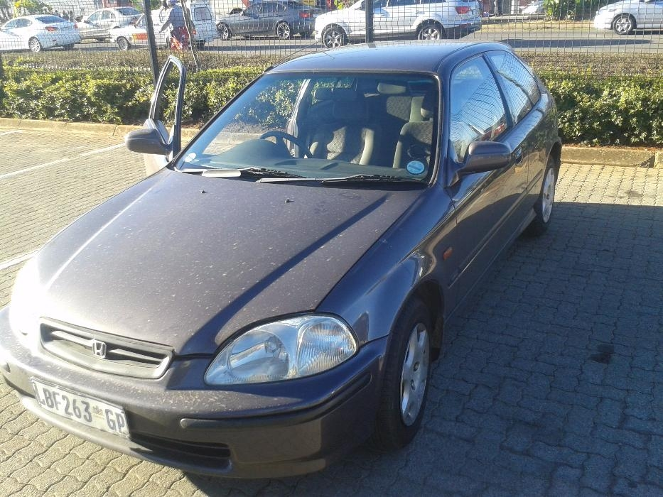 Honda Civic 1.5 1997 photo - 4